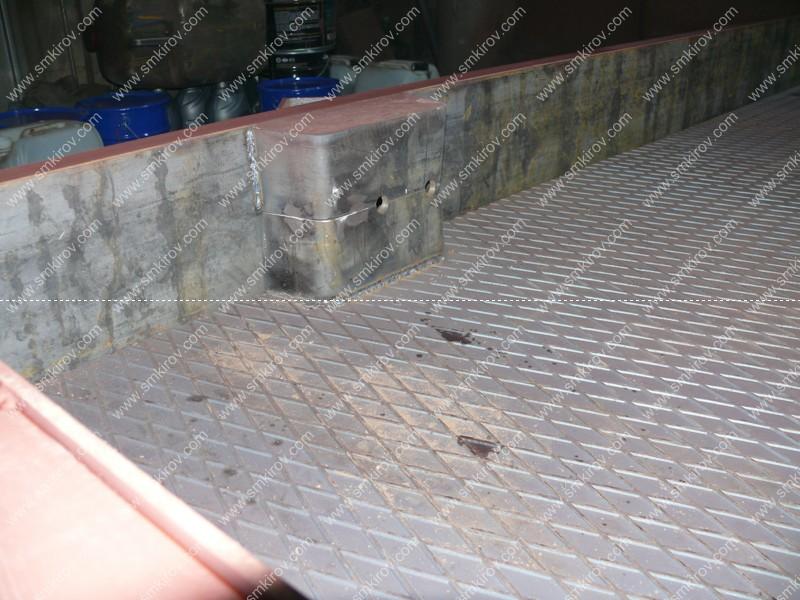 Карман для строповочной петли у металлоформы 2П30.18