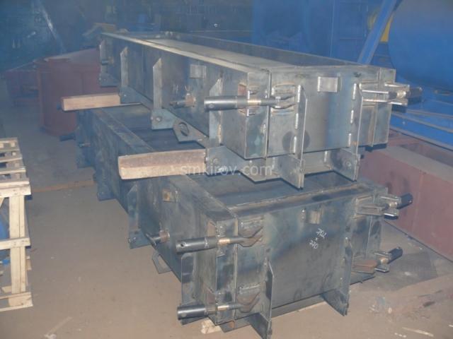 Металлоформы лотков и плит для лотков