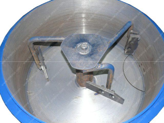 Бетоносмеситель СБ-мини 80 на 220В лопатки и скребки